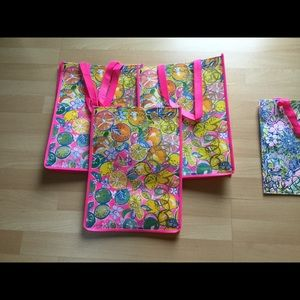Lilly Pulitzer shopping totes!